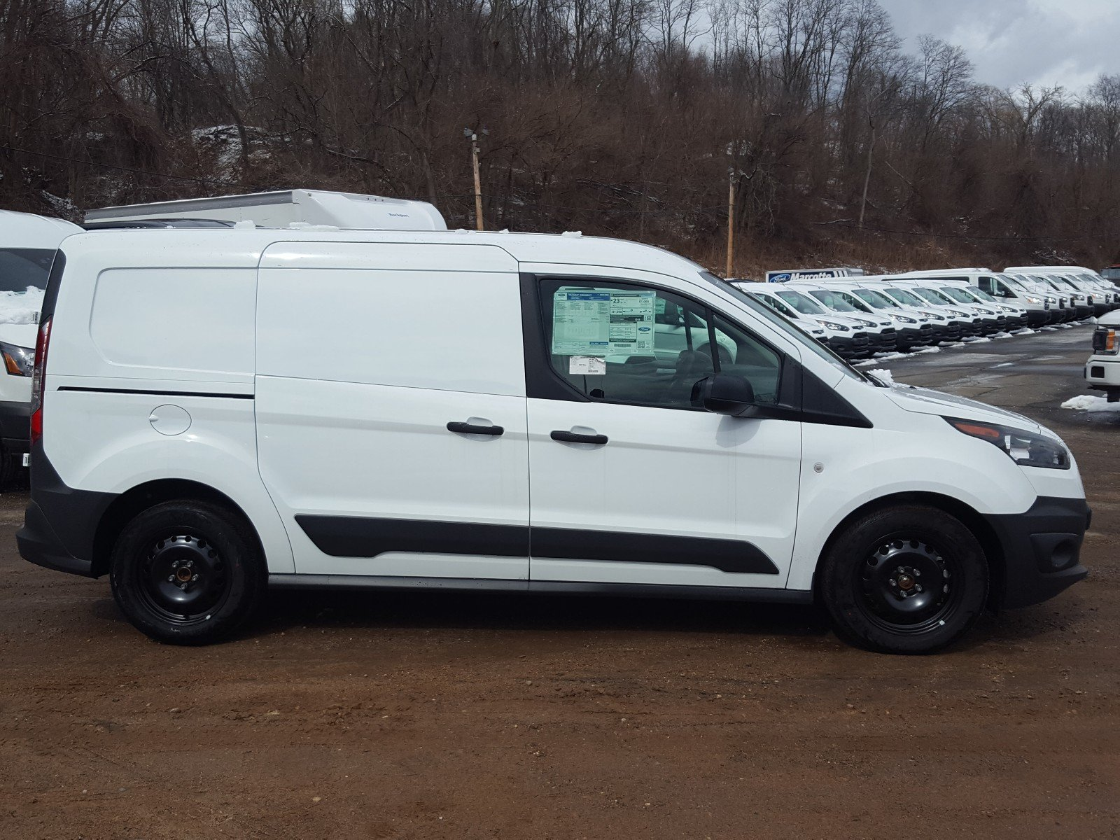 2018 Transit Connect, Cargo Van #R7346 - photo 4