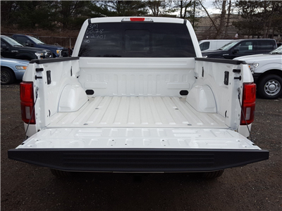 2018 F-150 SuperCrew Cab 4x4,  Pickup #R7398 - photo 20