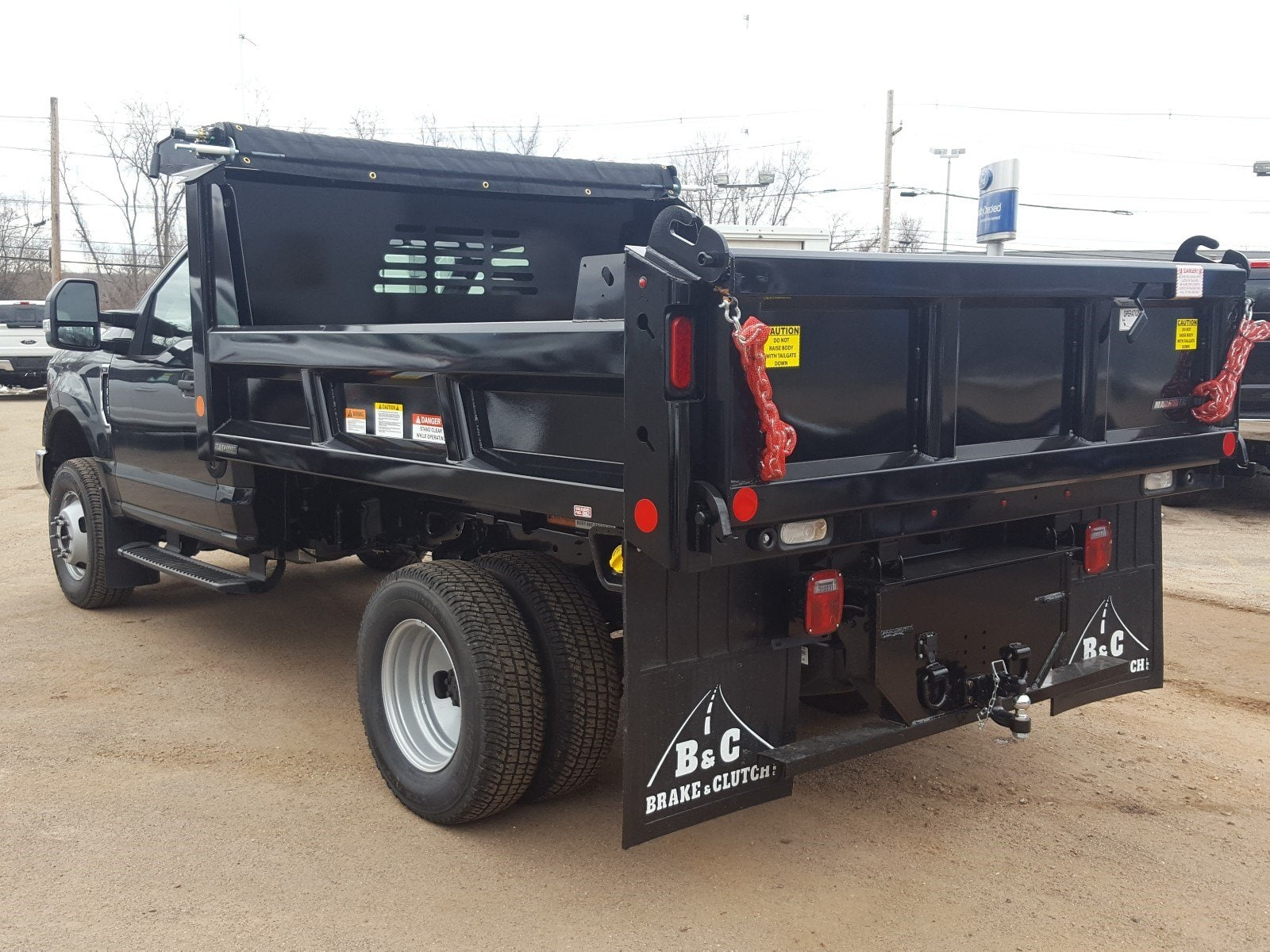 2018 F-350 Regular Cab DRW 4x4,  Reading Dump Body #R7412 - photo 4