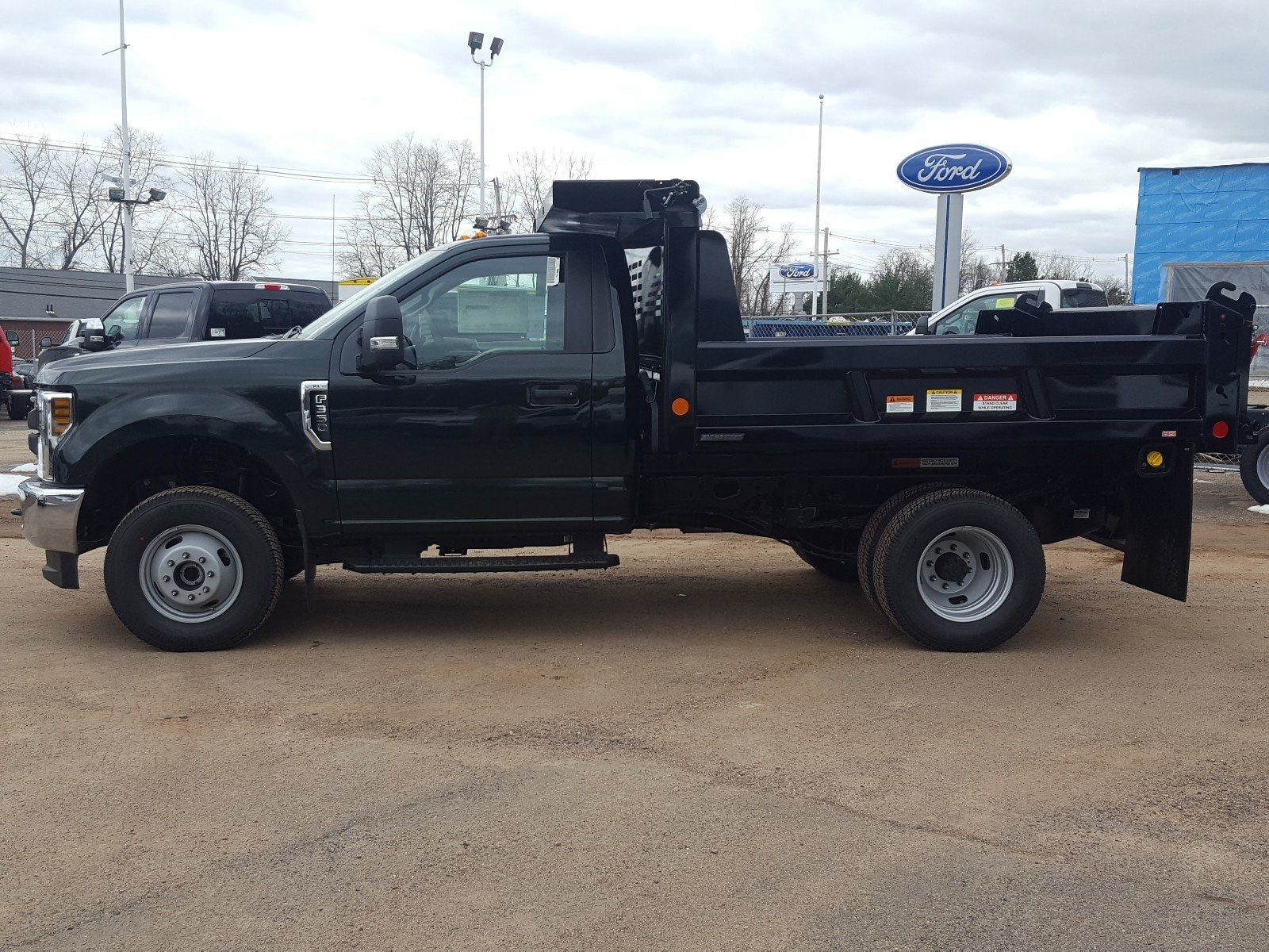 2018 F-350 Regular Cab DRW 4x4,  Reading Dump Body #R7412 - photo 5