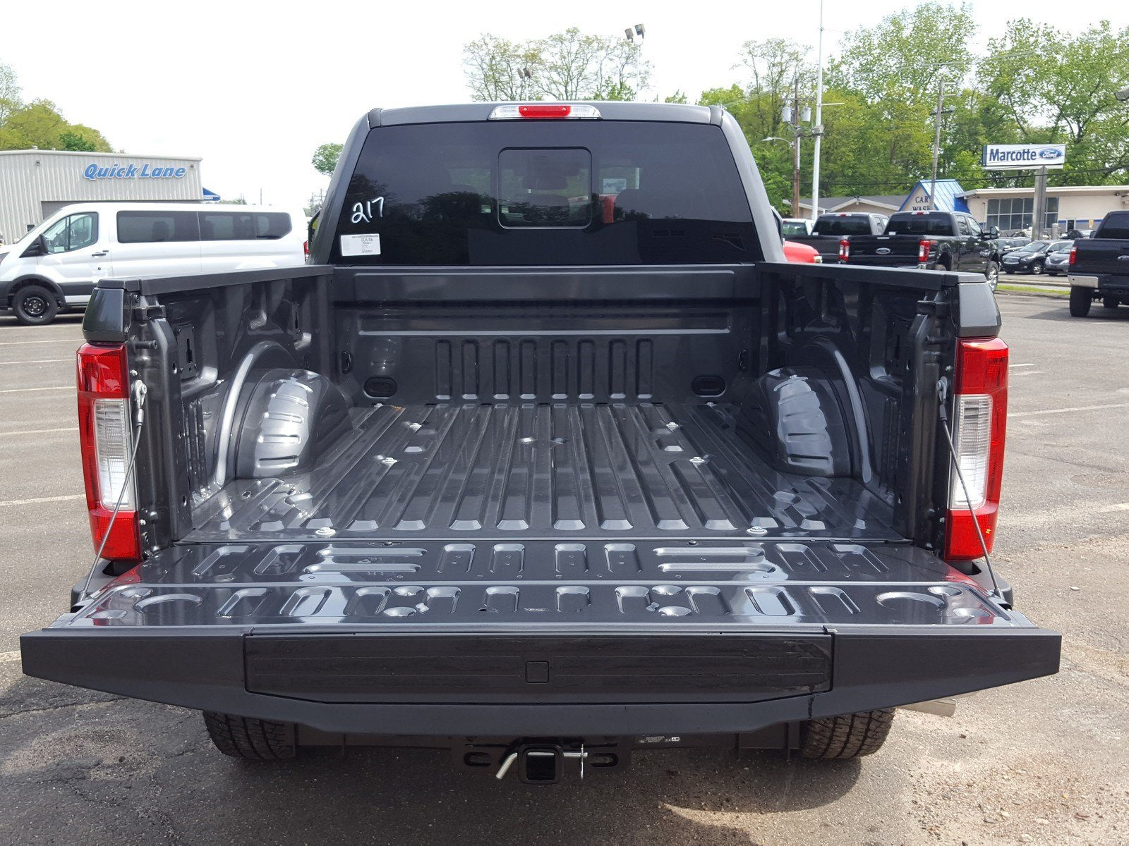 2018 F-350 Crew Cab 4x4, Pickup #R7459 - photo 15