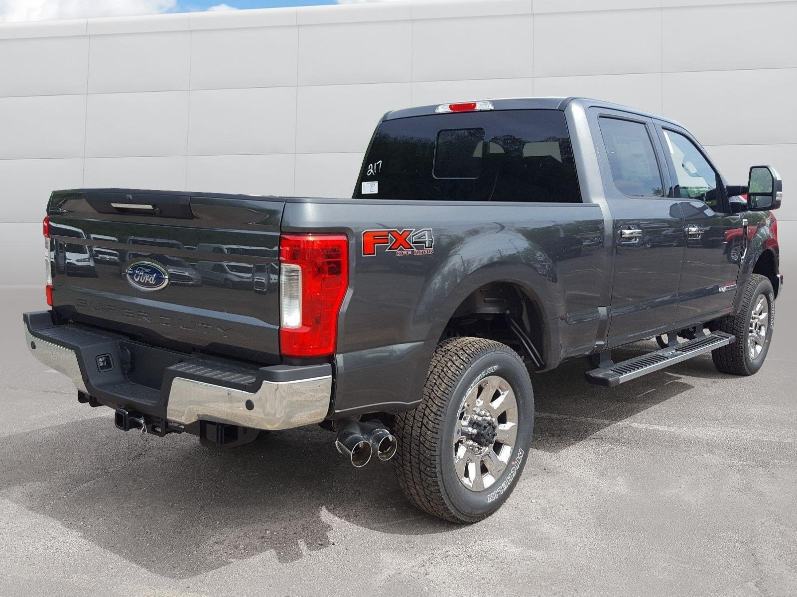 2018 F-350 Crew Cab 4x4, Pickup #R7459 - photo 2