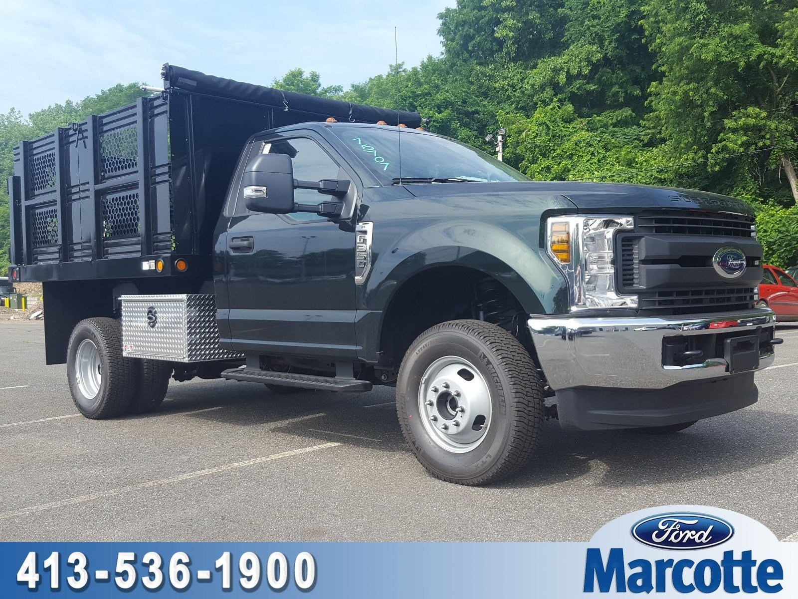 2018 F-350 Regular Cab DRW 4x4,  Reading Landscaper SL Landscape Dump #R7507 - photo 1