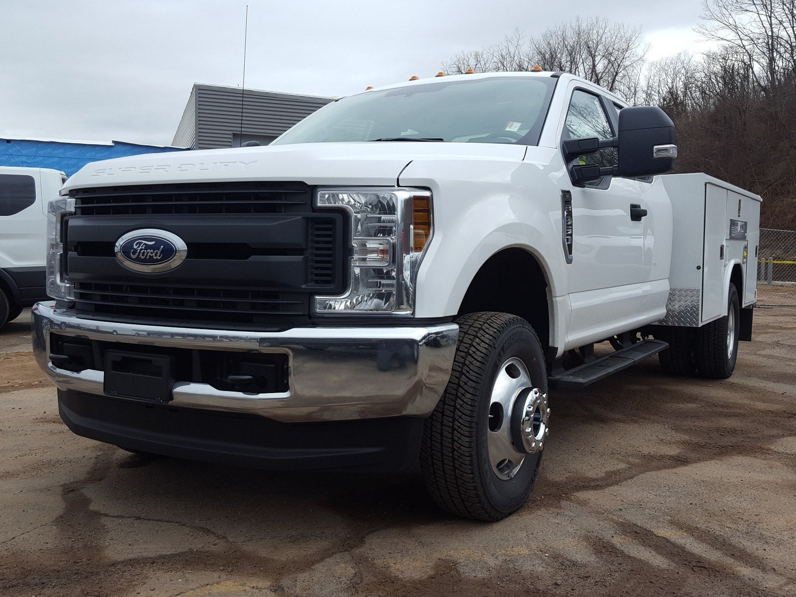 2018 F-350 Super Cab DRW 4x4,  Reading Service Body #R7508 - photo 6
