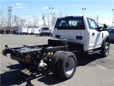 2018 F-450 Regular Cab DRW 4x4, Cab Chassis #R7548 - photo 2