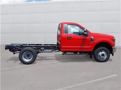 2018 F-350 Regular Cab DRW 4x4,  Cab Chassis #R7672 - photo 13