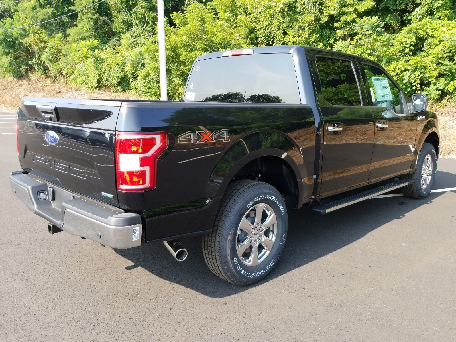 2018 F-150 SuperCrew Cab 4x4,  Pickup #R7867 - photo 2