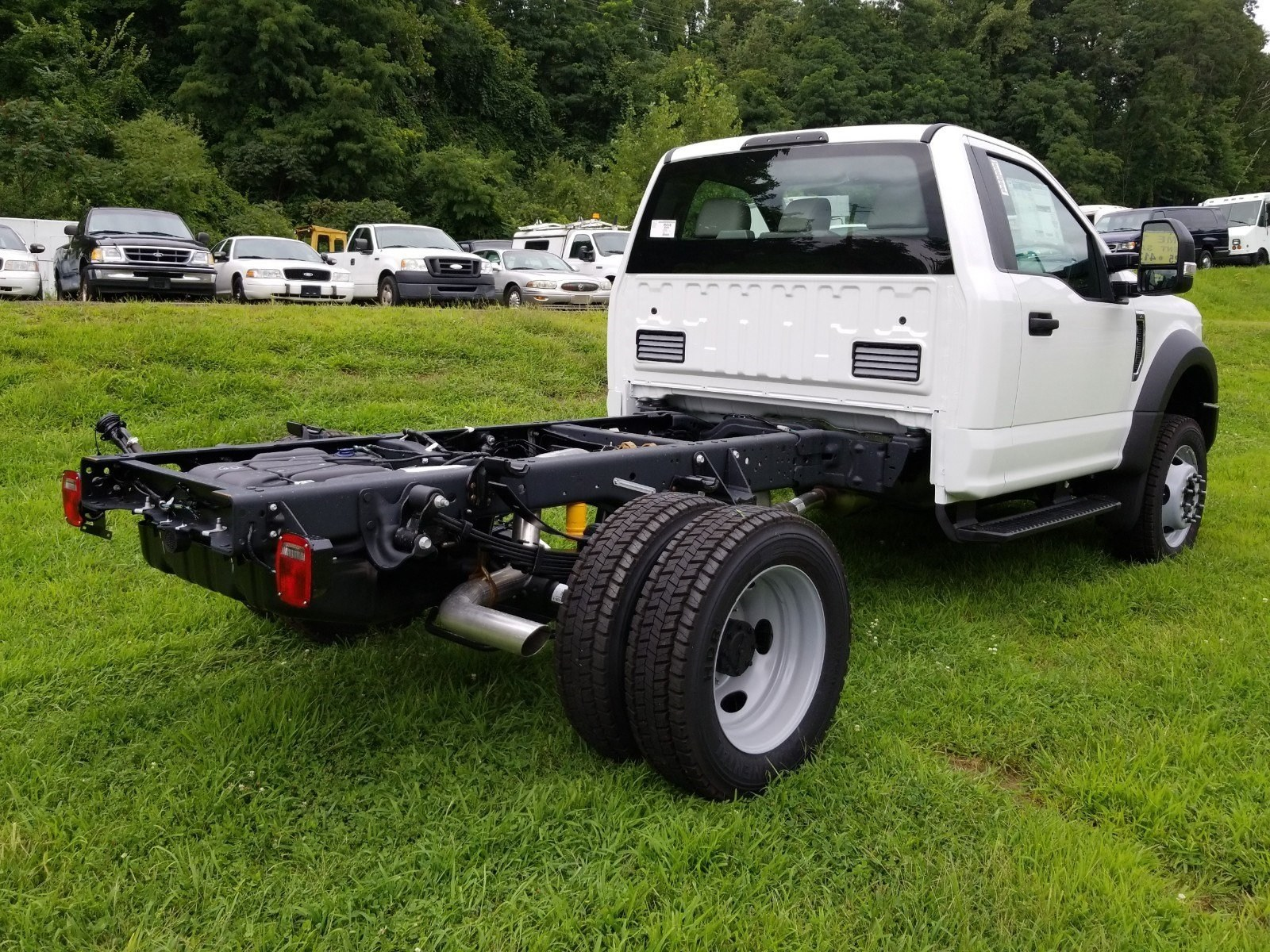 2019 F-450 Regular Cab DRW 4x4,  Cab Chassis #S7006 - photo 2