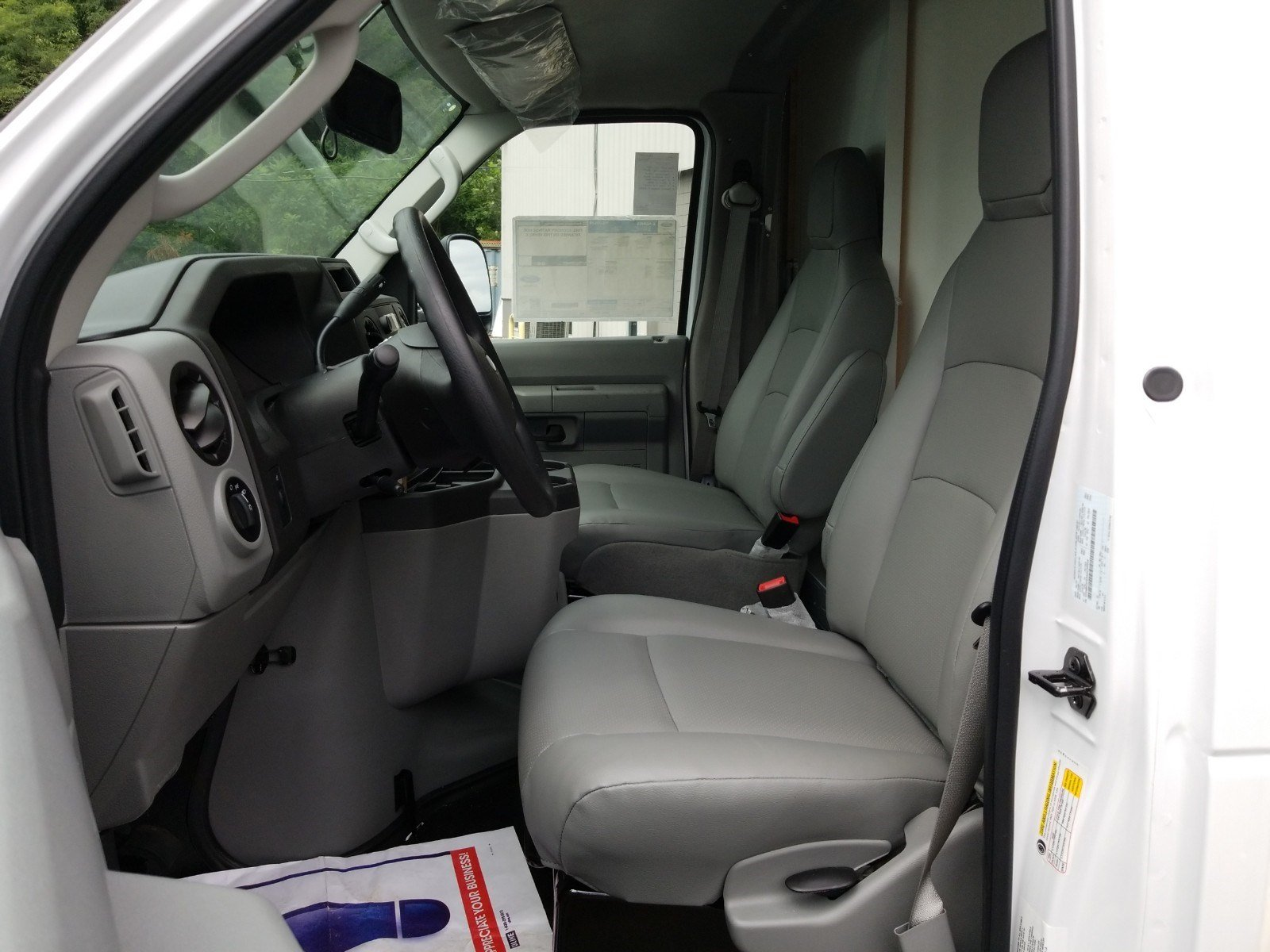 2019 E-350 4x2,  Rockport Cutaway Van #S7016 - photo 6