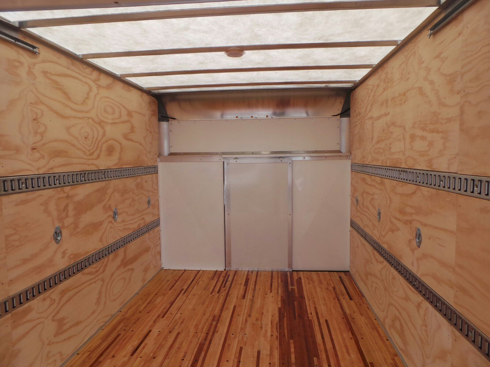 2019 E-350 4x2,  Rockport Cutaway Van #S7016 - photo 24