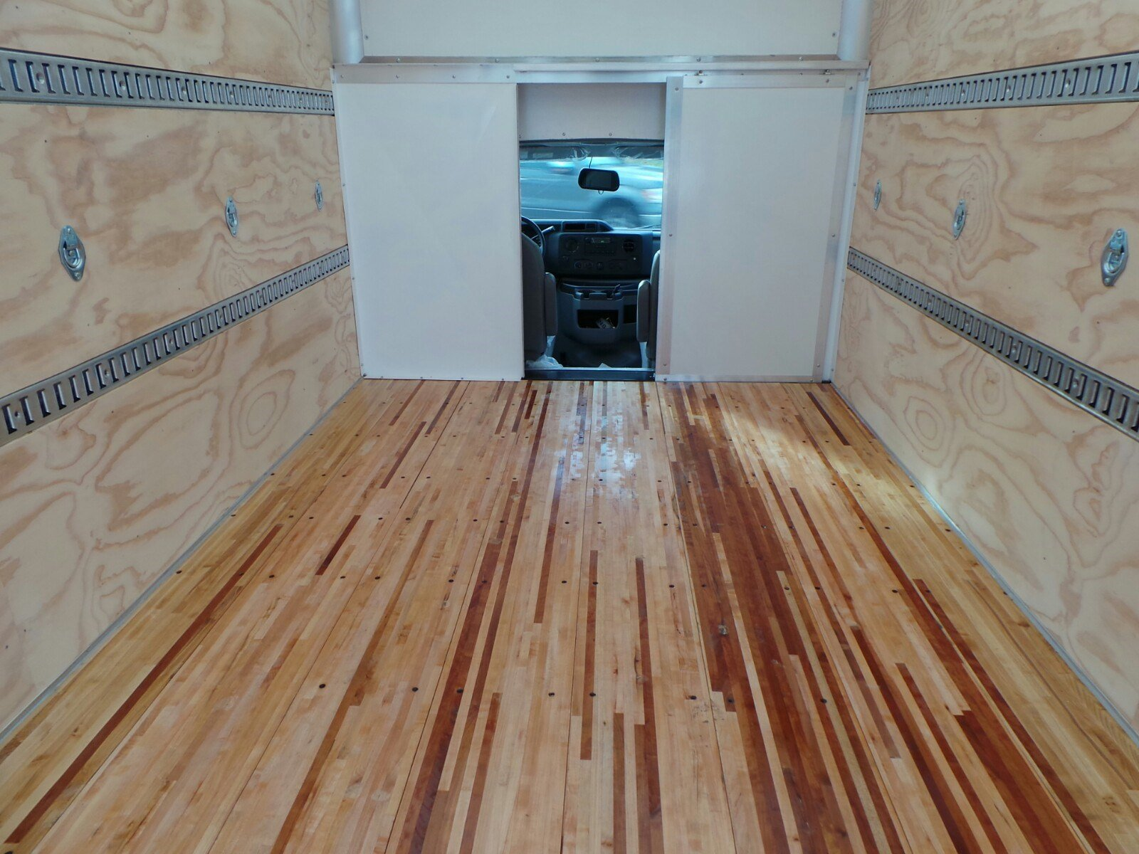 2019 E-350 4x2,  Rockport Cutaway Van #S7016 - photo 28
