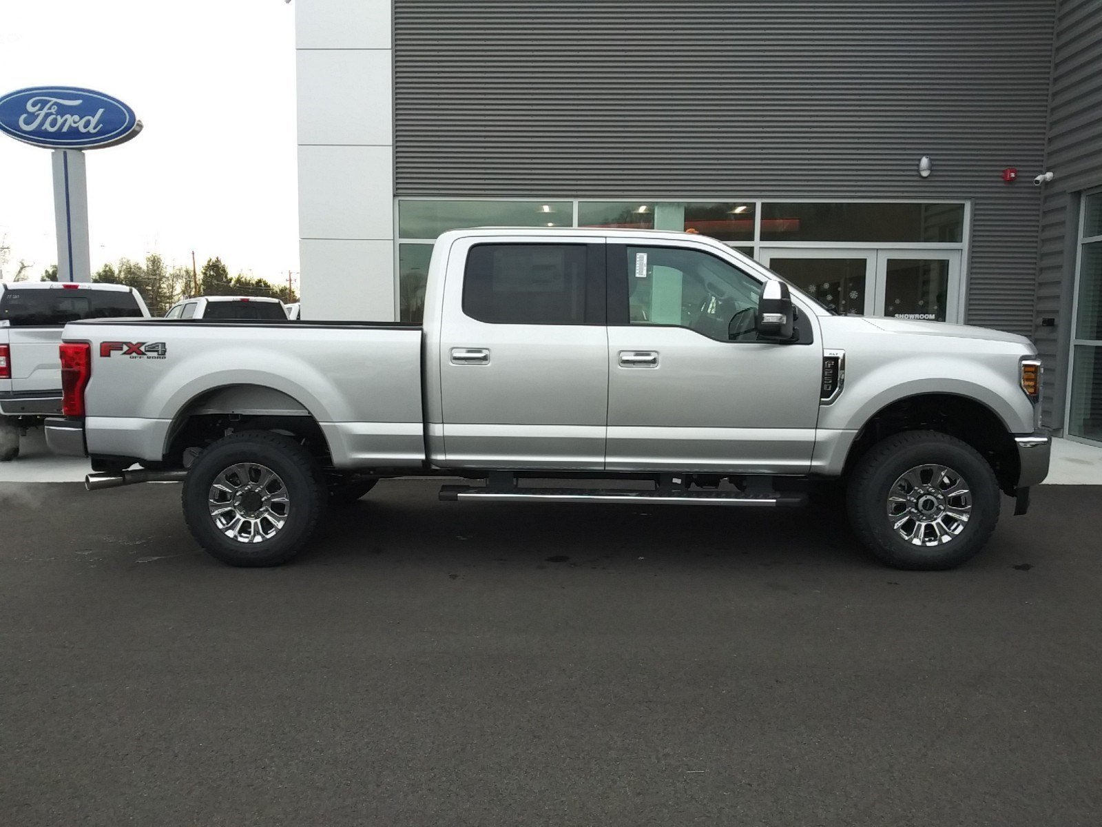 2019 F-250 Crew Cab 4x4,  Pickup #S7150 - photo 3