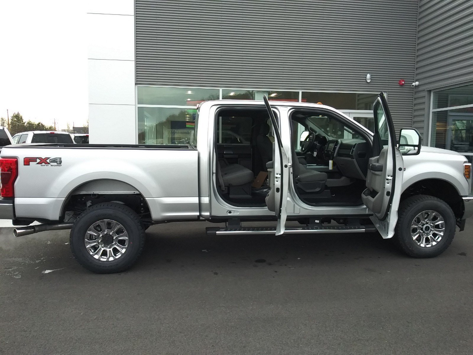 2019 F-250 Crew Cab 4x4,  Pickup #S7150 - photo 27
