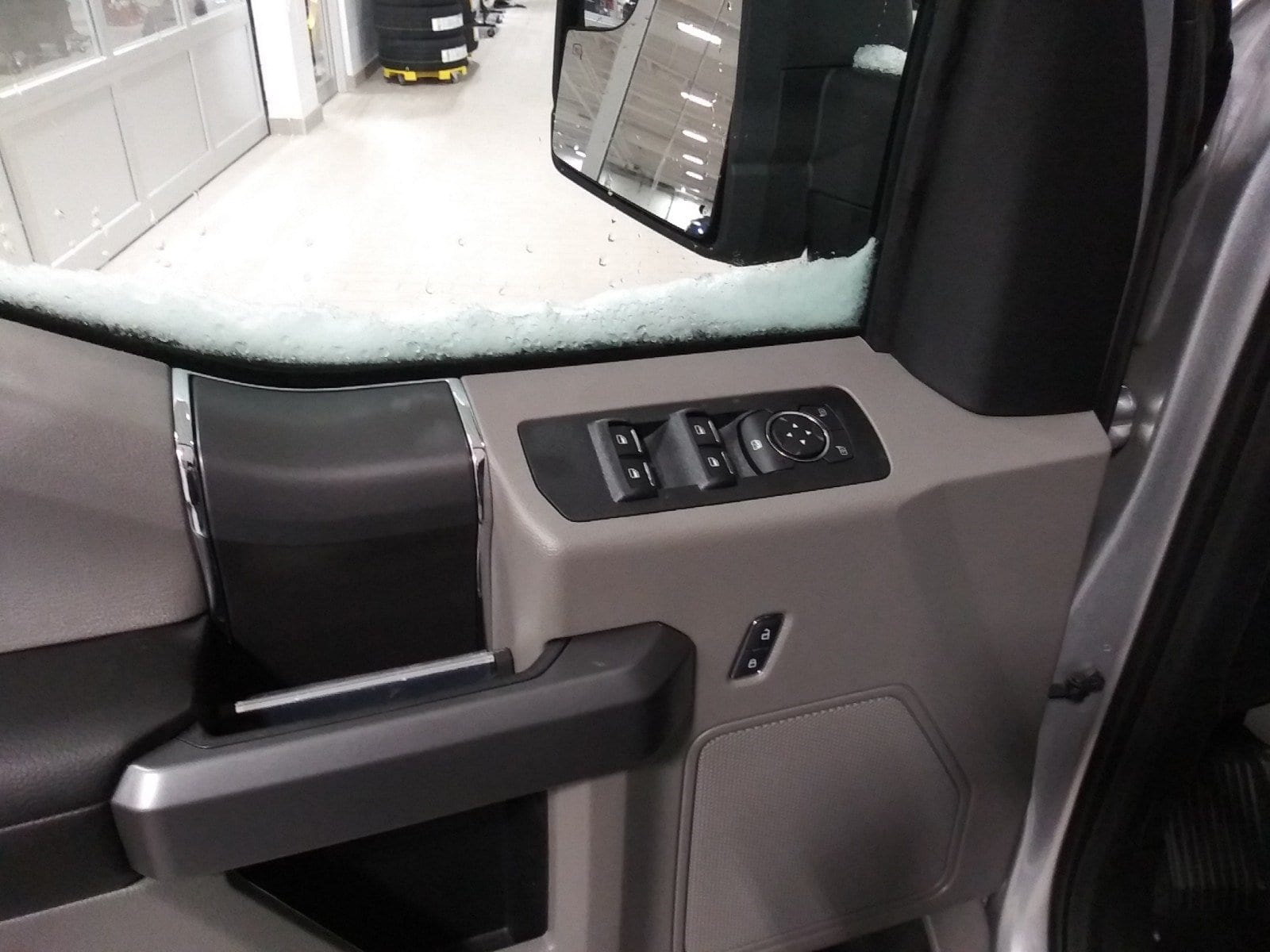 2019 F-150 SuperCrew Cab 4x4,  Pickup #S7252 - photo 31