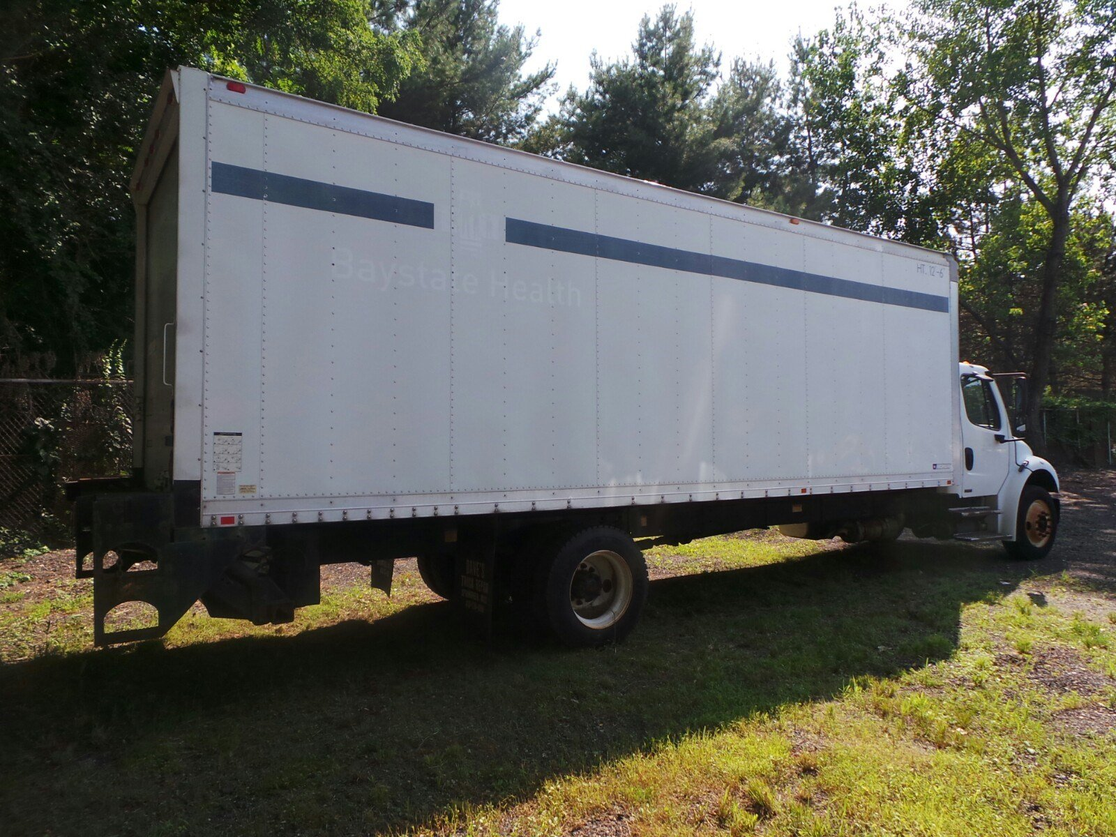 2010 Freightliner Truck 4x2,  Morgan Dry Freight #S7268A - photo 4