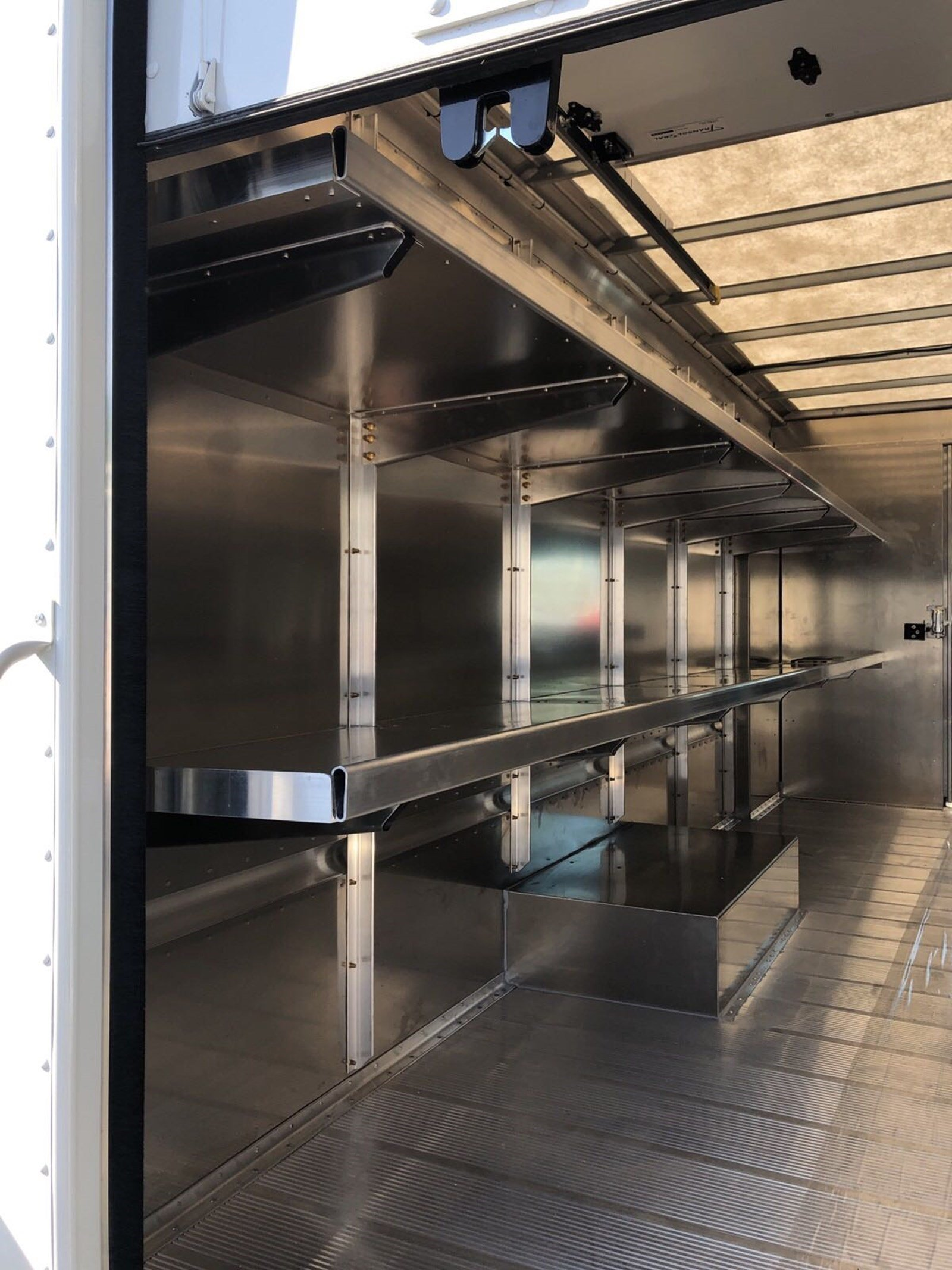 2019 E-450 4x2,  Morgan Olson P1000 Step Van / Walk-in #S7833 - photo 12