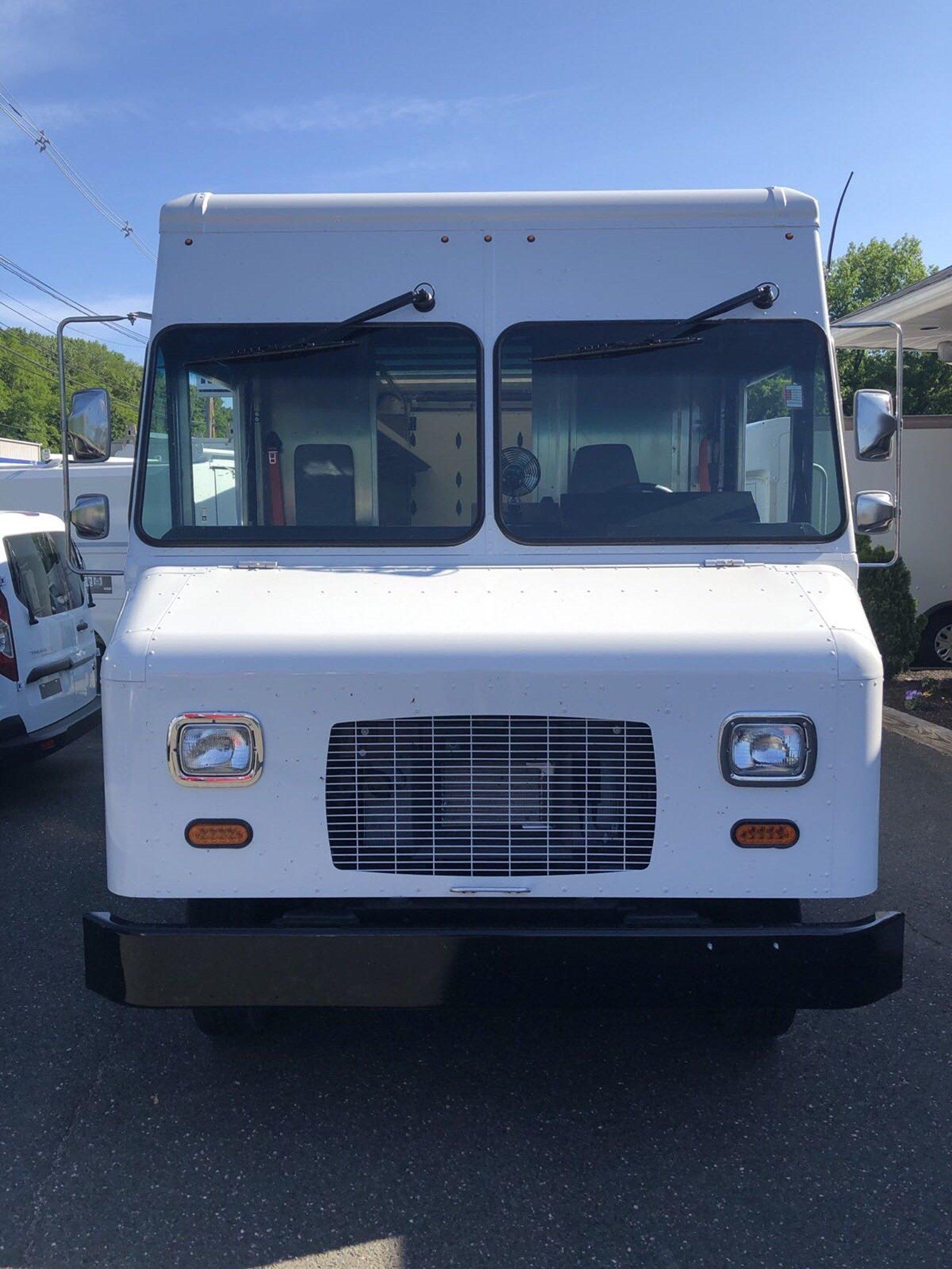 2019 E-450 4x2,  Morgan Olson P1000 Step Van / Walk-in #S7833 - photo 9