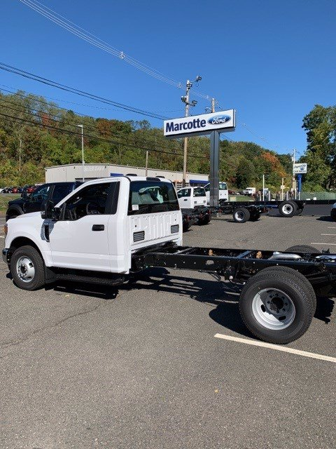 2020 Ford F-350 Regular Cab DRW 4x2, Cab Chassis #T7937 - photo 1