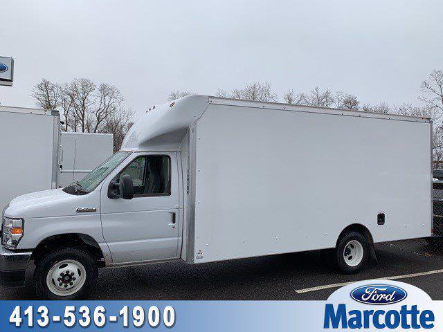 2021 Ford E-450 4x2, Supreme Cutaway Van #V7262 - photo 1