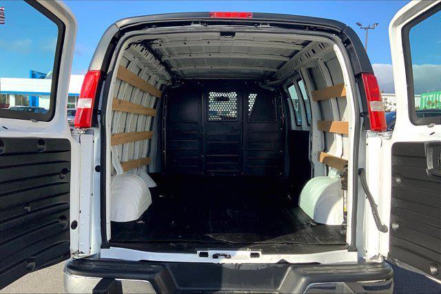 2018 Chevrolet Express 2500 4x2, Empty Cargo Van #ND8063 - photo 1