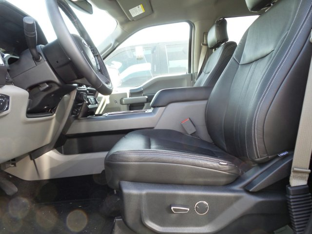 2017 F-150 SuperCrew Cab 4x4, Pickup #175269 - photo 10