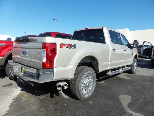 2017 F-250 Crew Cab 4x4 Pickup #177858 - photo 2