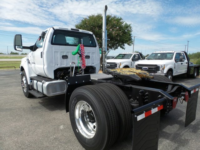 2017 F-750 Regular Cab DRW, Cab Chassis #178173 - photo 2