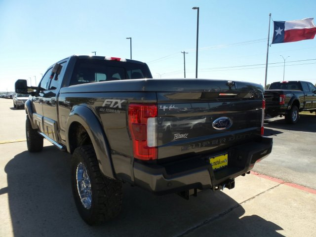 2017 F-250 Crew Cab 4x4 Pickup #178386 - photo 2