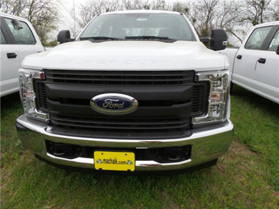 2018 F-250 Crew Cab 4x2,  Pickup #180980 - photo 3