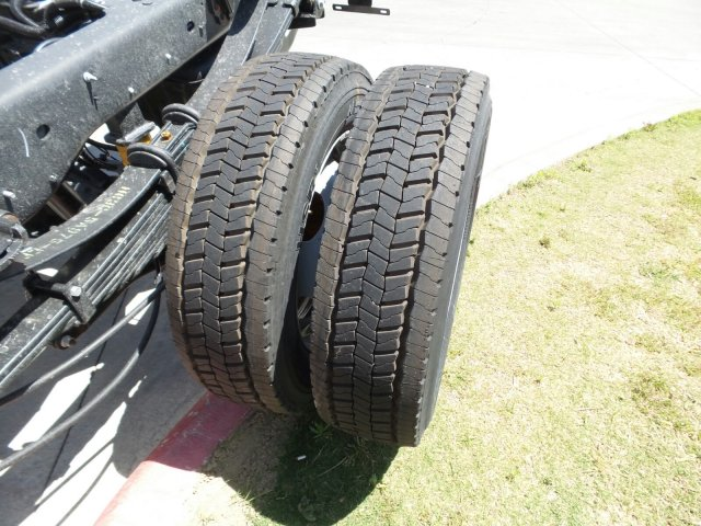 2018 F-550 Regular Cab DRW, Cab Chassis #181589 - photo 6