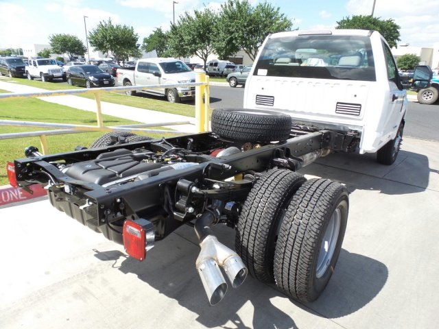 2018 F-350 Regular Cab DRW 4x4, Cab Chassis #181839 - photo 2