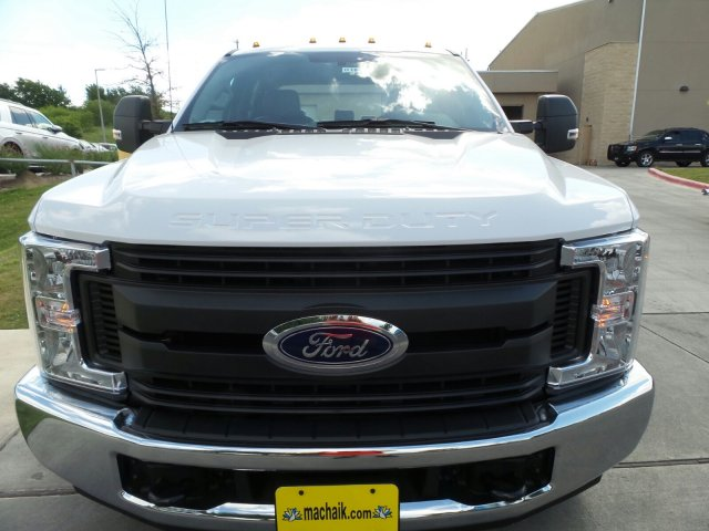 2018 F-350 Crew Cab DRW, Cab Chassis #181840 - photo 3