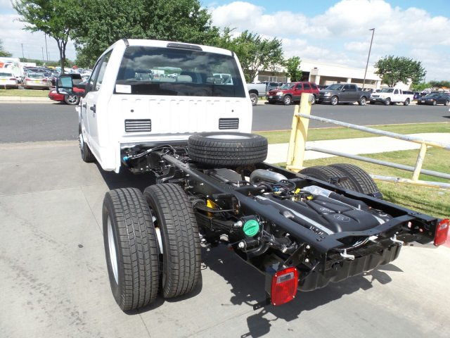 2018 F-350 Crew Cab DRW, Cab Chassis #181840 - photo 2