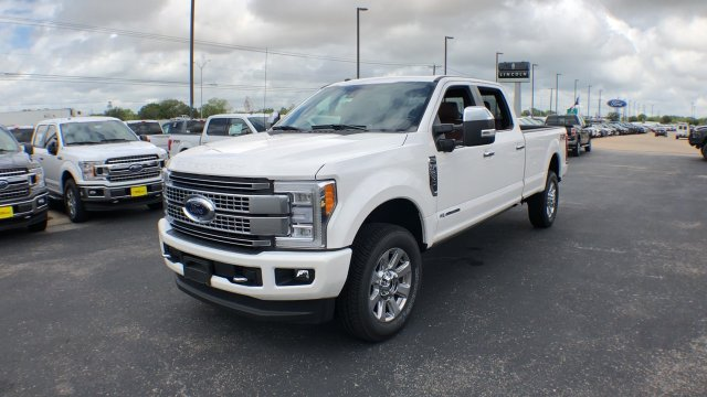 2018 F-250 Crew Cab 4x4,  Pickup #182411 - photo 1