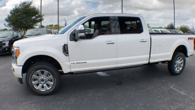 2018 F-250 Crew Cab 4x4,  Pickup #182411 - photo 4
