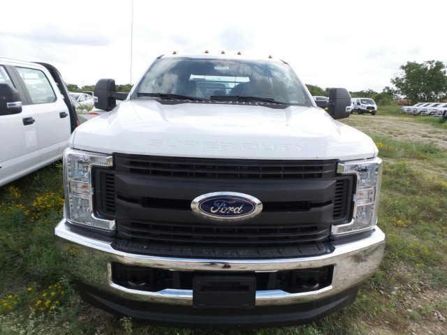 2019 F-350 Crew Cab DRW 4x4,  Knapheide Platform Body #190065 - photo 4