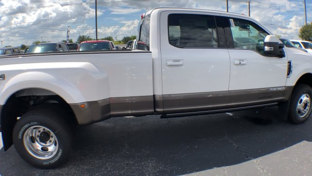 2019 F-350 Crew Cab DRW 4x4,  Pickup #190104 - photo 12