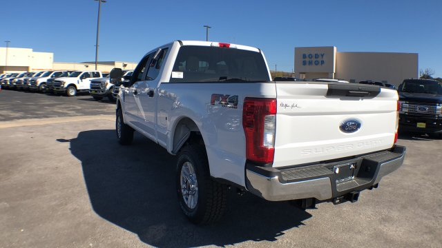 2019 F-250 Crew Cab 4x4,  Pickup #190230 - photo 2