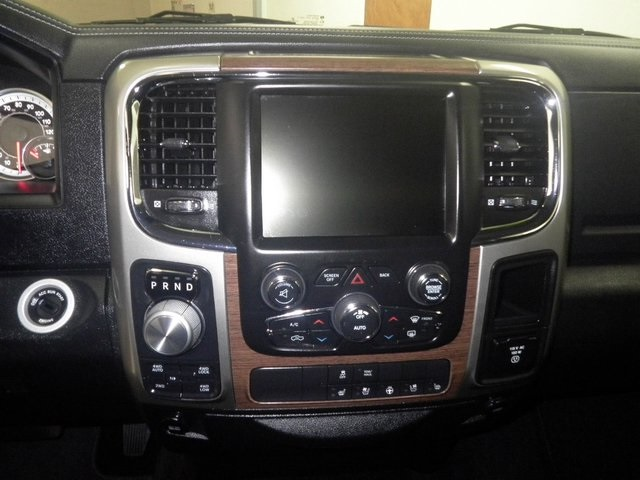 2017 Ram 1500 Crew Cab 4x4, Pickup #A17055 - photo 7