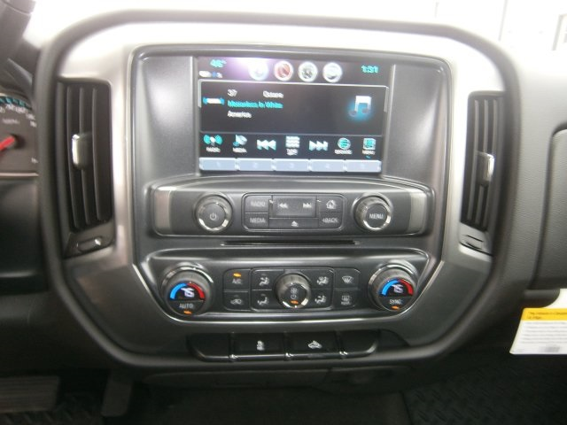 2017 Silverado 1500 Crew Cab 4x4, Pickup #TH443 - photo 18