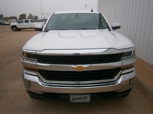 2017 Silverado 1500 Crew Cab 4x4, Pickup #TH443 - photo 3