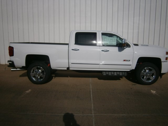 2018 Silverado 2500 Crew Cab 4x4 Pickup #TJ102 - photo 5
