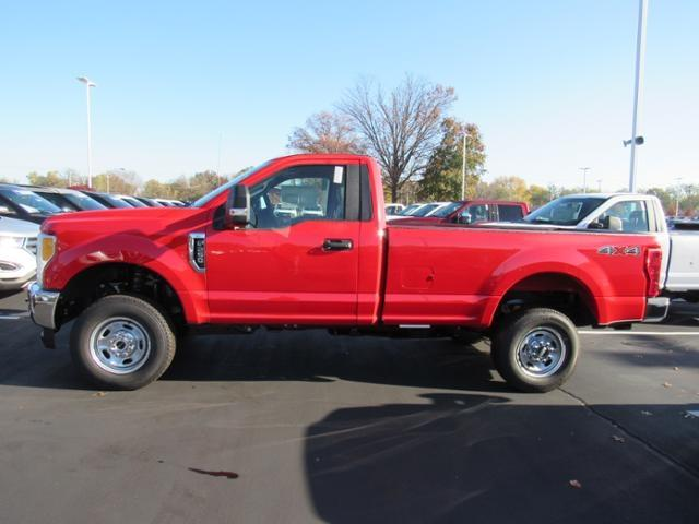 2017 F-250 Regular Cab 4x4 Pickup #F170440 - photo 5
