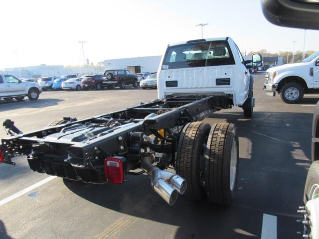 2017 F-550 Regular Cab DRW, Cab Chassis #F170469 - photo 2