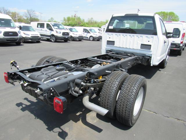 2018 F-350 Regular Cab DRW, Cab Chassis #F181148 - photo 2