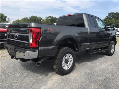 2017 F-250 Super Cab 4x4, Pickup #17123 - photo 5