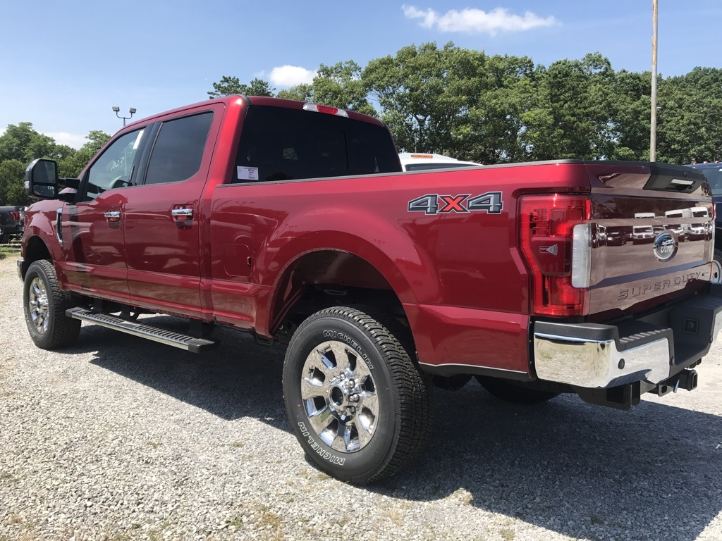 2017 F-250 Crew Cab 4x4, Pickup #17513 - photo 2
