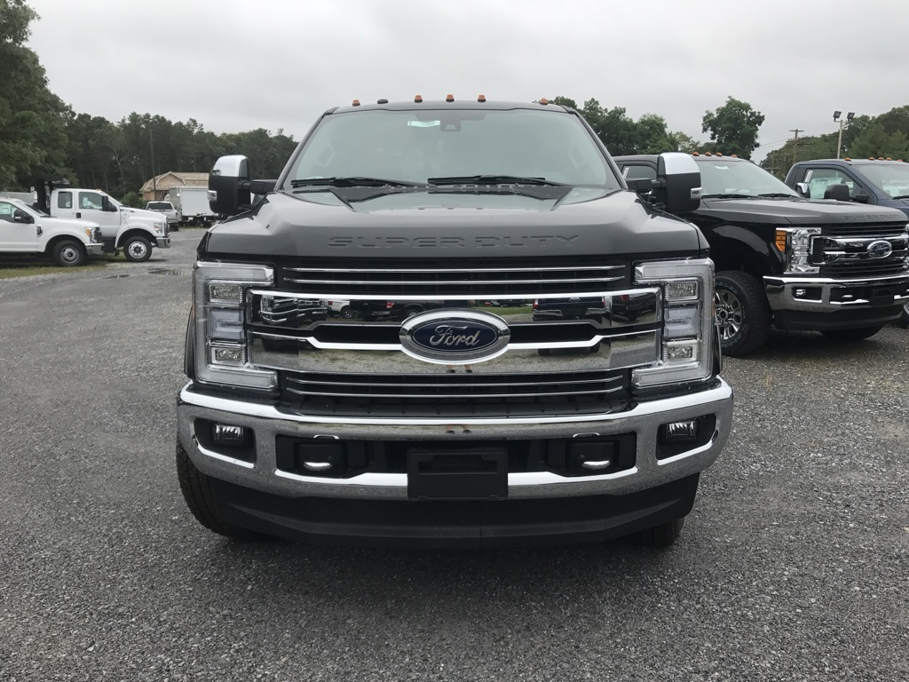2017 F-350 Crew Cab 4x4 Pickup #17600 - photo 3