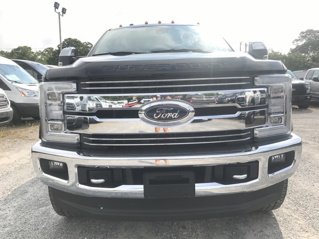 2017 F-350 Crew Cab 4x4, Pickup #17719 - photo 3