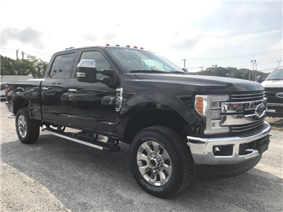 2017 F-350 Crew Cab 4x4, Pickup #17719 - photo 4